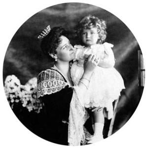 Alix_--s_Alekszej_1906-ban